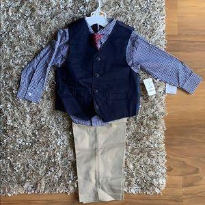 New Nautica Boys 4 piece suit set